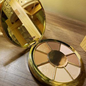 TARTE Be you. Naturally. Eyeshadow palette